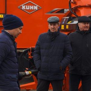 Резидент Кун Восток Марс Ямбулатов консультировал гостей выставки