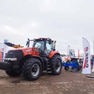 Мощный трактор Case IH Magnum 310 создан для тяжелой работы в поле